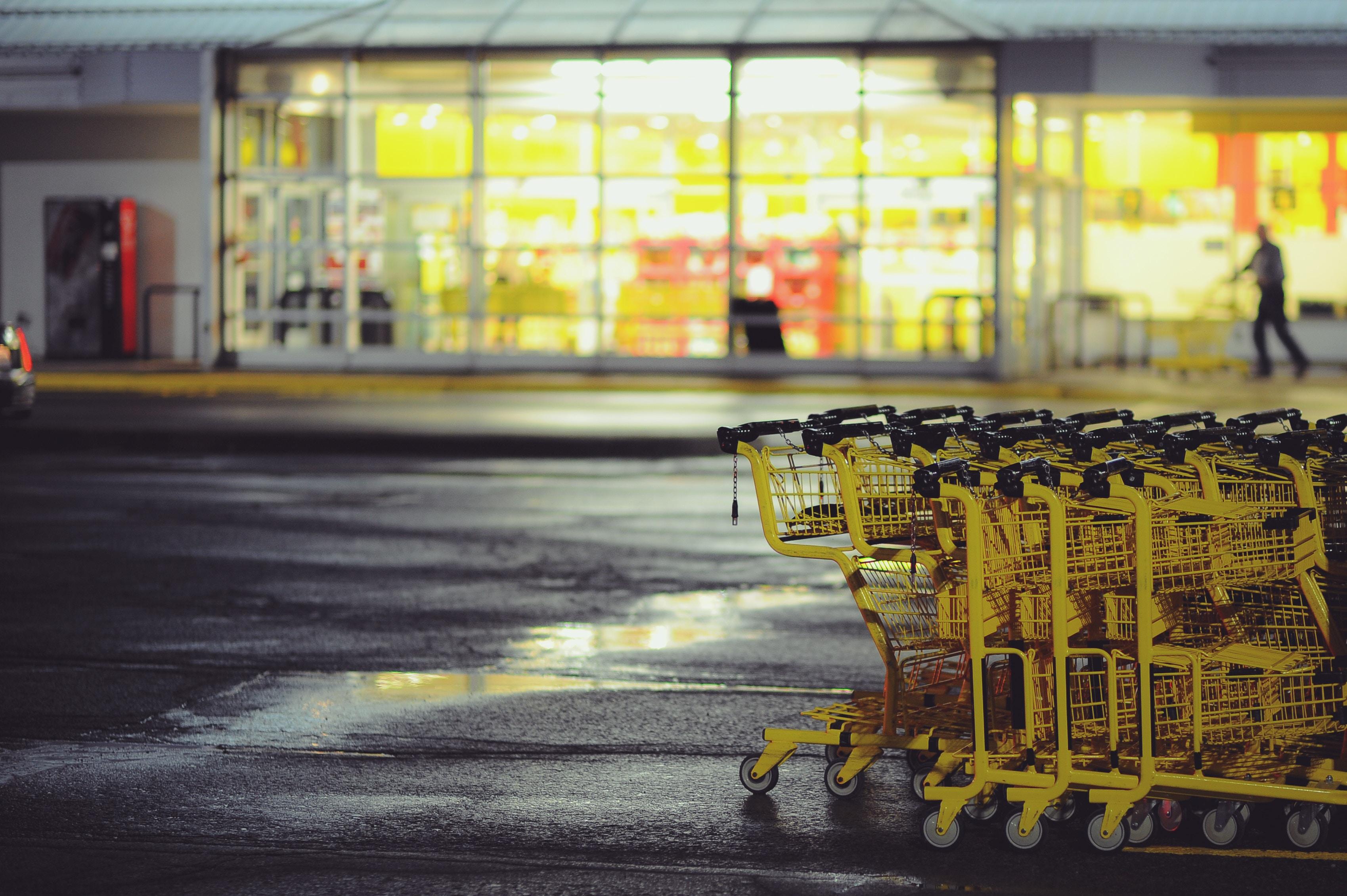 grocery .jpg